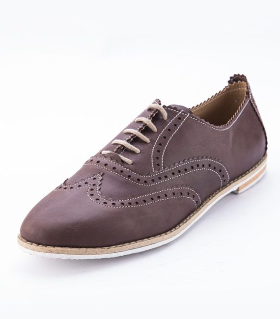 Shebrogues all browny